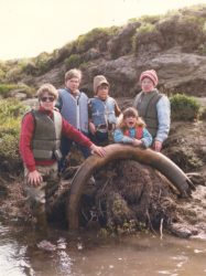 Teena and boys find mammoth tusk in 1985